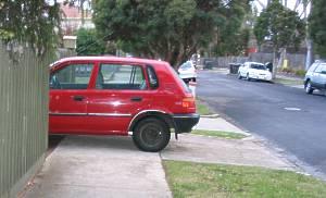 Car needlessly blocking footpath