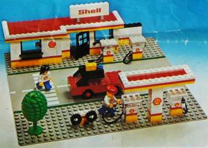 Lego Shell Service Station